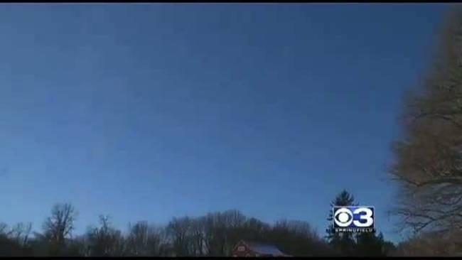 Βίντεο: Μυστήριο με ιπτάμενο αντικείμενο στον ουρανό της Μασαχουσέτης!!!