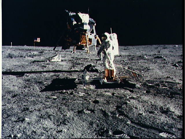 Επαφές Αστροναυτών με εξωγήινους!!!