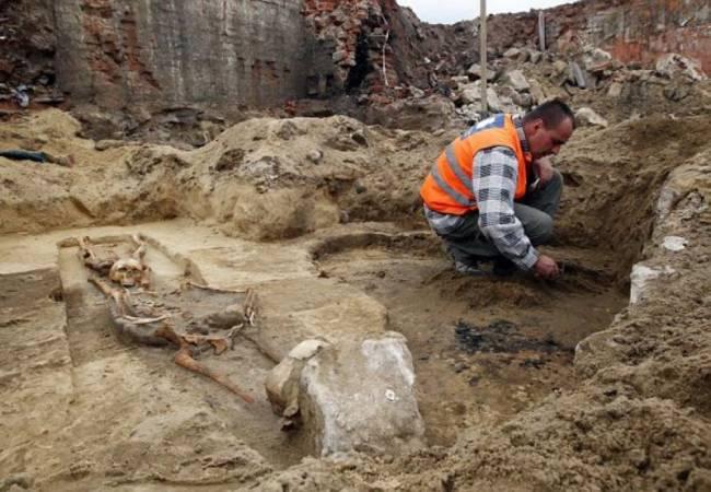 Βρέθηκαν τάφοι «βρυκολάκων» στην Πολωνία..