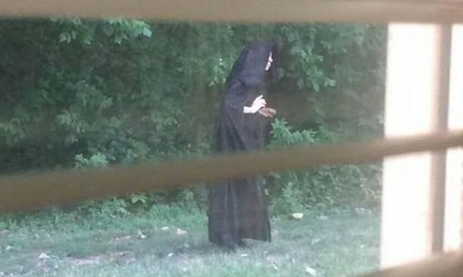 Η γυναίκα-μυστήριο που τρομοκρατεί τη Β. Καρολίνα